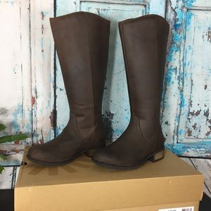 UGG Seldon Leather Riding Boot